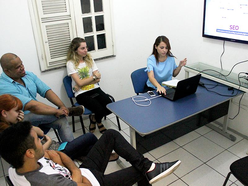 diretriz-academy-treinamento-equipe-seo-marketing-digital-fortaleza